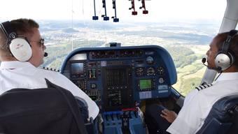Zwei Pilote bei der Arbeit. (Symbolbild)