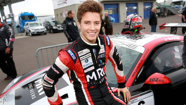 Jeffrey Schmidt wird beim Porsche-Carrera-Cup Vierter.