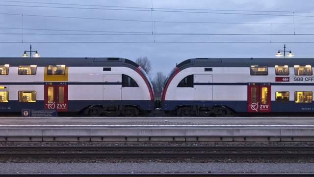 Zusätzlich zu den Intercity- und Interregio-Zügen, die ohne Halt zwischen den beiden Städten fahren, kommen neue RegioExpress-Verbindungen hinzu. (Archive)