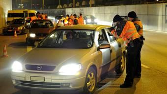 So sah es auch am Mittwochmorgen aus, als die Basler Polizei Lichtkontrollen als Protestaktion durchführte. (Archiv)