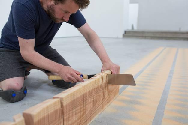 Haus der Kunst Reto Emch Holz Saegearbeit