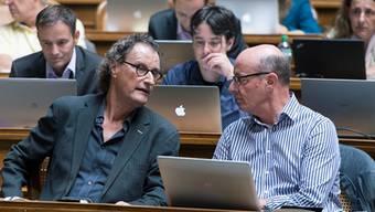 Geri Müller (Mitte) wird sich Ende der laufenden Legislatur von seinen Nationalratskollegen verabschieden. Lukas Lehmann/Keystone