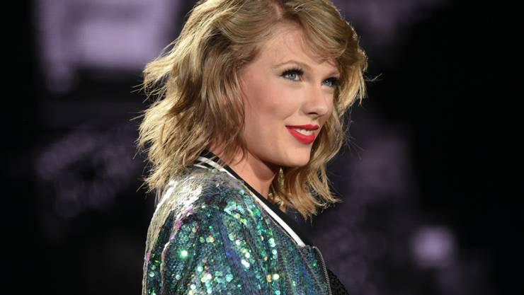 Ein Superstar mit Superherz: US-Sängerin Taylor Swift geht gerne persönlich auf die Sorgen ihrer Fans ein (Archiv)