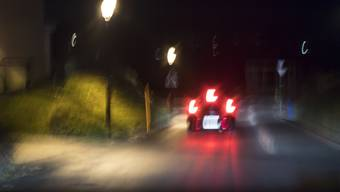 """Ein Fahrzeug von """"Nez Rouge"""" in der Silvesternacht im Einsatz."""