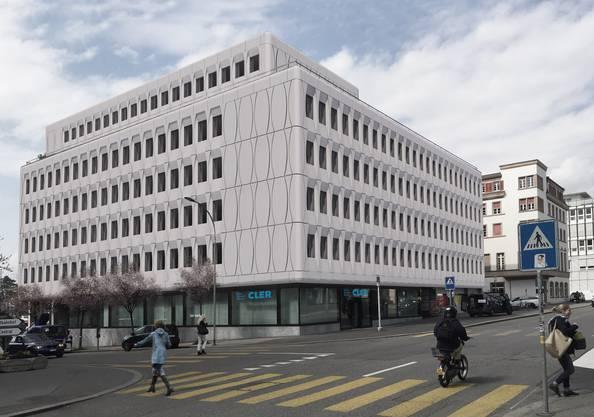Helle Elemente aus Glasfaser-Zement werden bis Oktober das Gebäude beim Westbahnhof Solothurn zieren.