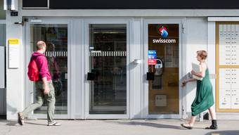 Von der Telefonkabine neben der Post an der Staffelstrasse in Wettingen werden so viele Anrufe gemacht, wie nirgendwo sonst im Aargau.