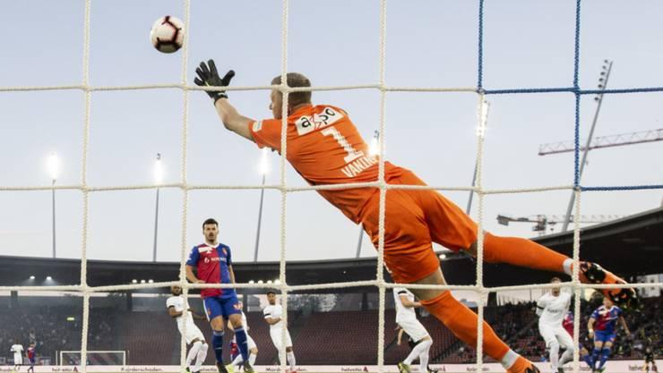 FCZ-Torhüter Andris Vanins hatte beim 1:0 von Noah Okafor in der 5. Minute das Nachsehen