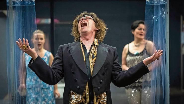 Max Christian Graeff als «ein Bartók» in «Blaubarts Frauen».