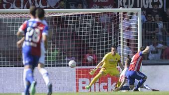 Setzt mit seinen beiden Toren ein Ausrufezeichen: Ricky van Wolfswinkel (rechts).