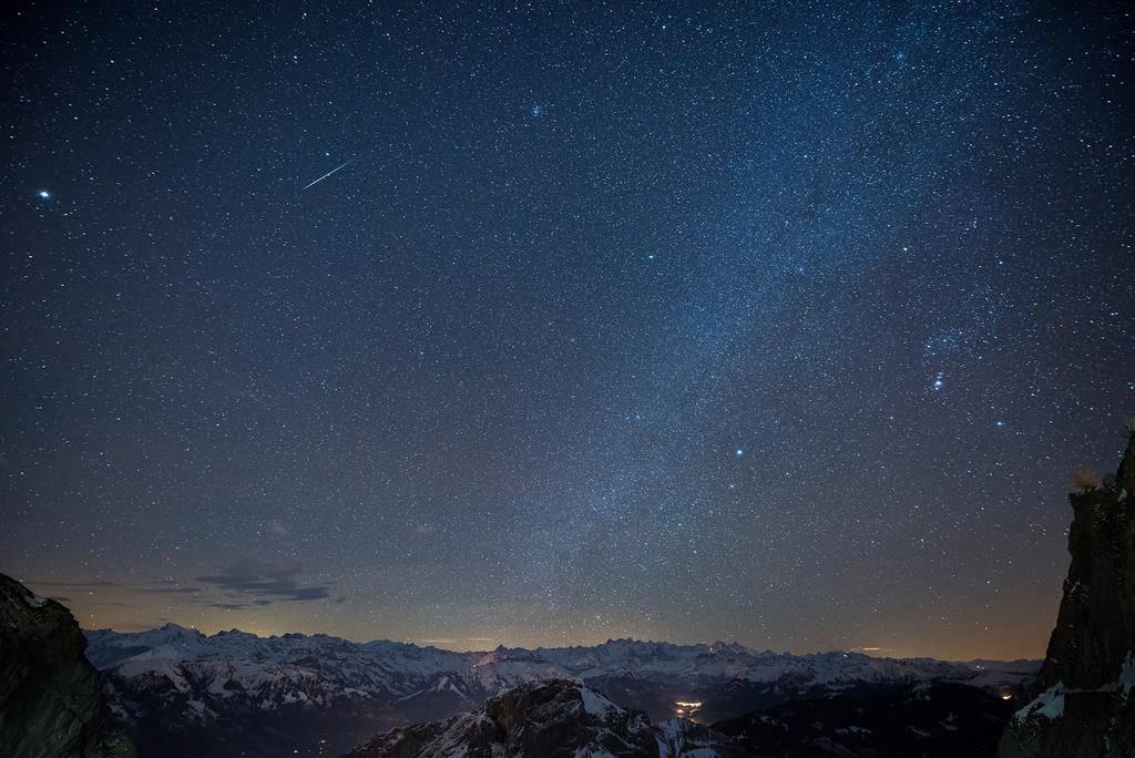 Der Geminiden-Schauer bringt bis zu 120 Sternschnuppen pro Nacht. (© Keystone/Petra Bischoff)