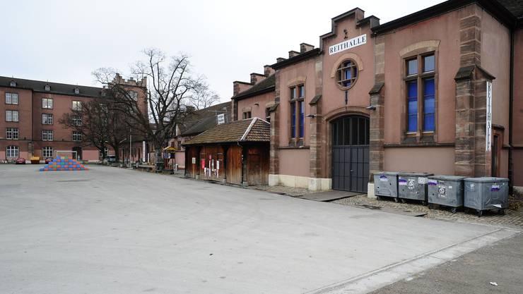 Defizitäre Kaserne Basel (Bild: Archiv)