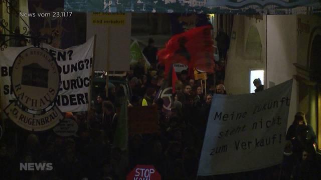 Sparpaket-Protest in Nebengassen verbannt