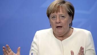 Bundeskanzlerin Angela Merkel (CDU) stellte die Ergebnisse nach den Beratungen der Ministerpräsidenten mit der Kanzlerin über das weitere Vorgehen in der Corona-Pandemie vor. Foto: Kay Nietfeld/dpa