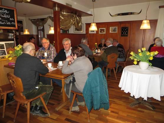 Zvieri im Restaurant Rössli, Ortsteil Benken