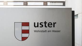 Da die Stadt Uster über hohes Eigenkapital verfügt, sind die finanziellen Auswirkungen der Pandemie allerdings noch verkraftbar. (Symbolbild)