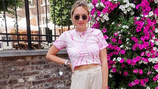 Trendige Kombination mit leichter Stoffhose, gesehen auf Instagram. (© instagram.com)