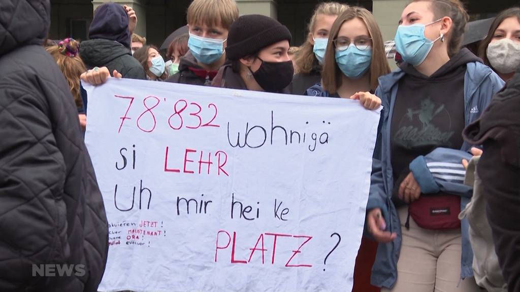 Berner Bundesplatz: Tausende demonstrieren für Aufnahme der Moria-Flüchtlinge