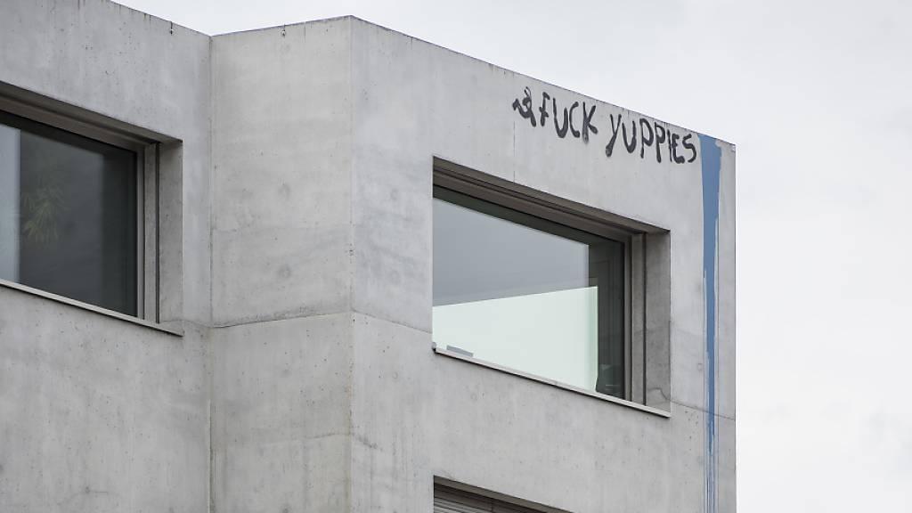 Richtzinsen für zehnjährige Festhypotheken erstmals unter 1 Prozent