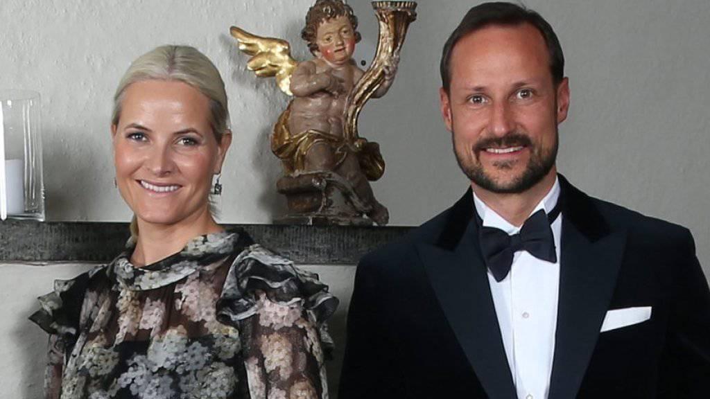 Kronprinzessin Mette Marit und Kronprinz Haakon von Norwegen sind seit 15 Jahren verheiratet (Archiv)