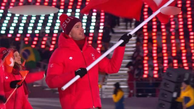 Schweizer Wintersportler-Parade an der Eröffnungsfeier