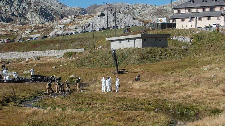 Beim Helikopterabsturz auf dem Gotthard kamen am Mittwoch die zwei Piloten ums Leben. Die rechtsmedizinische Untersuchung der Leichname wurde am Freitag abgeschlossen.