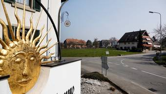 Blick auf das Dorfzentrum, für das nun ein Gestaltungsplan für den Baubereich an der Grabackerstrasse vorliegt.