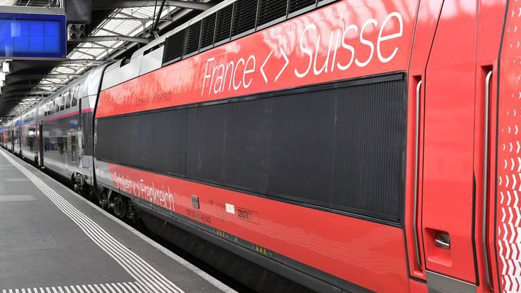 Die Verbindungen nach Paris, Mailand und Venedig werden reduziert. (Symbolbild)