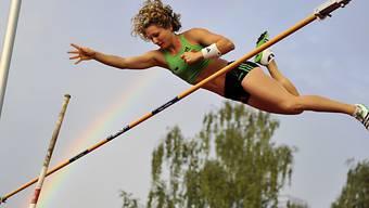 Gold für Anna Katharina Schmid mit 4,45 m im Stabhochsprung.
