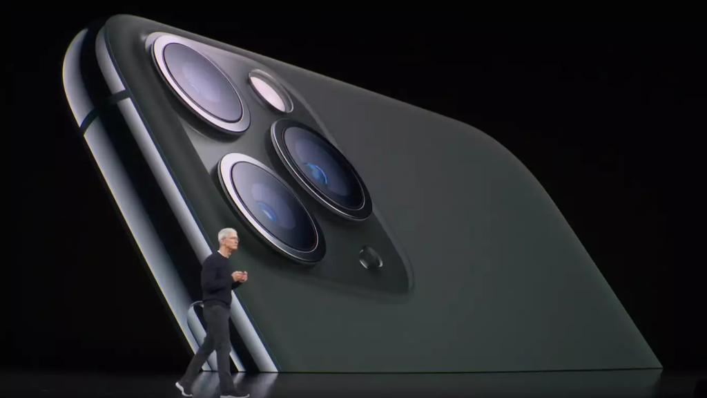 iPhone 11 Tim Cook