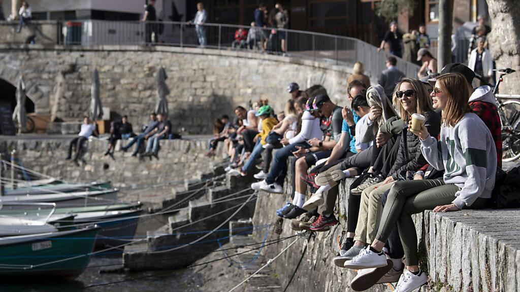 Auf dem Gemeindegebiet von Ascona gilt ab Mitte kommender Woche ein Maskenobligatorium im Freien.