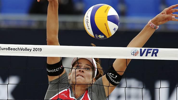 Joana Heidrich steht mit ihrer Partnerin Anouk Vergé-Dépré erneut in den Halbfinals