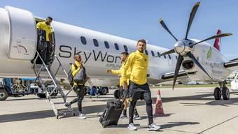 Einer der letzten Flüge von Skywork brachte die YB-Spieler in die Schweiz.