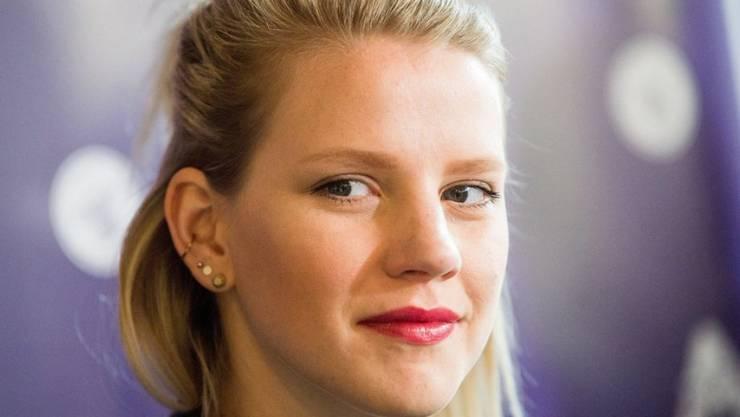 """Ihr Song """"Perfect Life"""" soll es richten: Die deutsch ESC-Vertreterin Levina will es ins """"obere Drittel"""" schaffen beim Musikwettbewerb. (Archivbild)"""