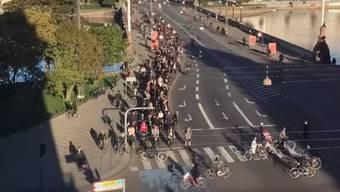 Im Zeitraffer: Die alltägliche Ebbe und Flut der Velofahrer an einer von Kopenhagens Kreuzungen.