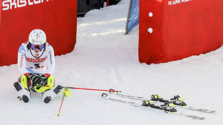 Wendy Holdener – grandios im Team-Event und im ersten Lauf des Slaloms, am Boden zerstört nach ihrem Fehler im Finaldurchgang.