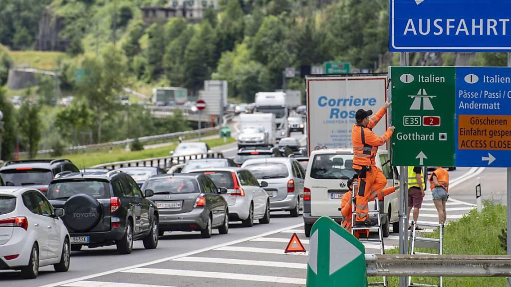 Der Stau am Gotthard beruhigt sich wieder