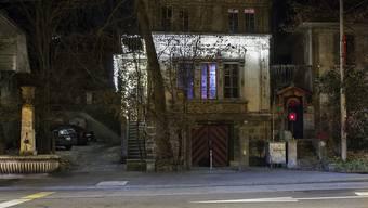 Bei der Notschlafstelle Sleeper und dem Club Dead-End kam der 32-jährige Mann am Sonntag gewaltsam ums Leben.