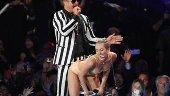 Miley Cyrus ist jetzt 21 Jahre alt