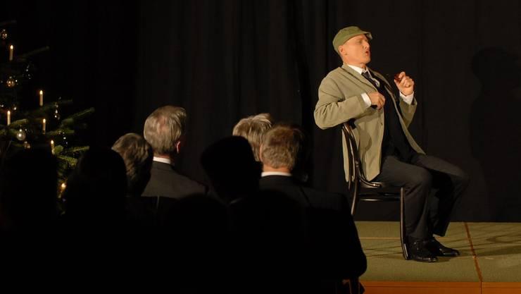 Kabarettist Hans-Christian Hoth überrascht das Publikum immer wieder