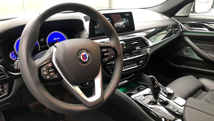Bietet zahlreiche Features, die das Fahren zum Vergnügen machen: der BMW-Alpina B5 Biturbo.