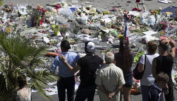 Gedenkstätte für die Opfer an der Promenade des Anglais