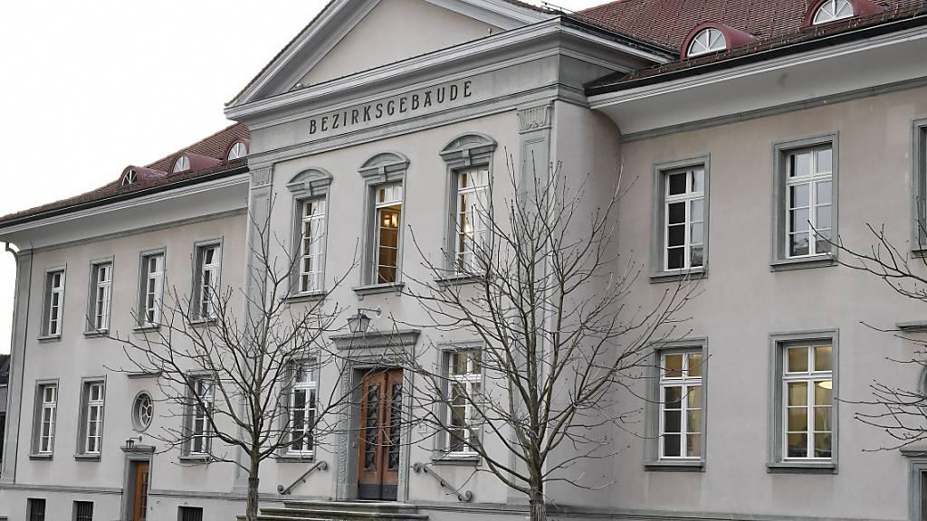 Das Bezirksgericht Zürich hat am Donnerstag drei mutmassliche Pink-Panther-Räuber verurteilt. (Symbolbild)