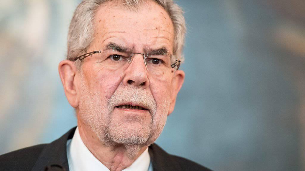 Er hat die Präsidentenwahl mit knappem Vorsprung gewonnen: Alexander Van der Bellen.