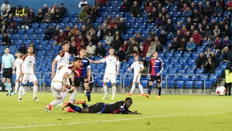 Seydou Doumbia konnte in der Nachspielzeit den Ausgleichstreffer für die Basler erzielen.