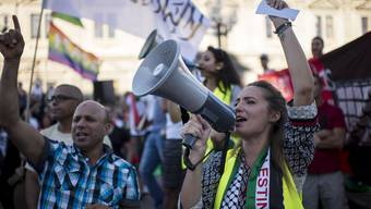 Kundgebung gegen Gewalt in Gaza in Zürich