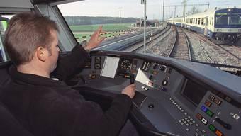 Der Lokführerverband fordert mehr Sicherheit in Tunnels (Archiv)