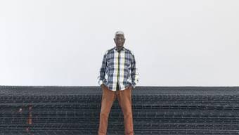 Der Künstler El Anatsui gilt als eine der gewichtigen Stimmen der afrikanischen Gegenwartskunst.