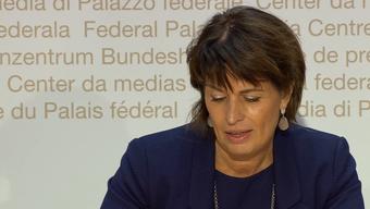 Der Moment, als Bundesrätin Doris Leuthard unter Tränen zurücktritt