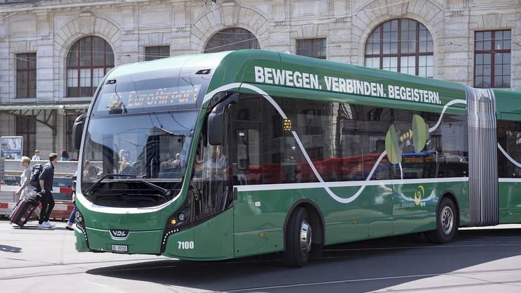 In Basel läuft ein Pilotversuch mit einem E-Bus.