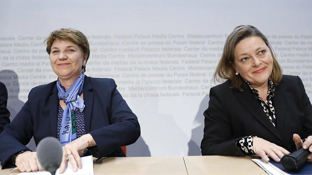 Die CVP setzt zwei Frauen aufs Bundesrats-Ticket: Die Fraktion nominierte die Walliser Nationalrätin Viola Amherd (links) und die Urner Regierungsrätin Heidi Z'graggen.